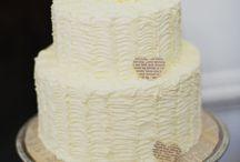 Cake Decorating / by Lauren Hyatt