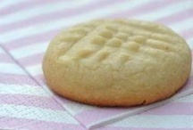 desserts-cookies / by Donna Giblin