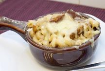mac and cheeses