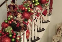 Holiday-stairs railings / by A Floral Touch