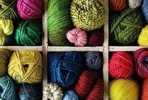 Lãs e linhas crochet e malha / by Maria Joyce