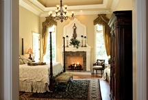 Master Bedroom / by Maureen Houston