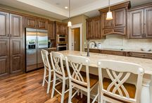 Bella Homes Iowa Kitchens / Fun Ideas in kitchen details and design!