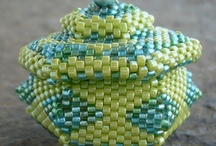 Beaded boxes, purses n teapots / by Jane Leask