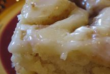 FOOD: SWEET STUFF / Cookies, cakes, pies