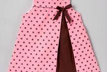 Vestidos e Roupas Infantis