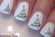 Karácsonyi körmök