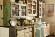 Vintage-Retro-Non Traditional Kitchens / Non Traditional Kitchens / by Yvonne Bosquez