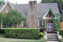 House Buyin' & Sellin' / by Rachel Metcalf