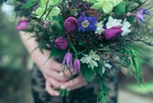 Moody Winter Wedding Styled Shoot on Wedding Lovely Blog / This dramatic bridal look features winter and early spring blooms that brings dark glamour to a faerie-woodland.