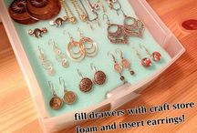 Jewelry Organized / Creative and helpful ways to store those precious jewels