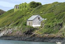 Coastal Cottages / A handful of beautiful cottage exteriors from our portfolio