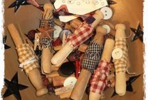 Clothespin crafts / Vintage and Modern clothespins