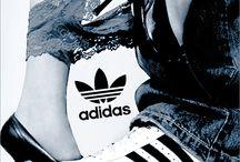 Sexo & Adidas / O desporto e o sexo! Como equipamentos para desporto podem ser publicitados com muita sensualidade.  Mais informação em www.sexonomarketing.com