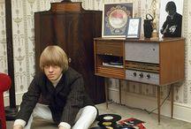 Rockers and vinyl