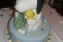 snoopy cakes