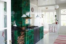 Color Spotlight: Dark Green Tile / Thinking about a dark green tile for your project? We've got you covered. We've got our rich, glossy Venetian Green or our matte Hunter Green as two beautiful options.
