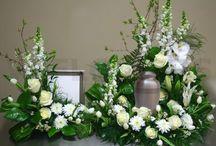 Urn tributes