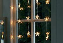 DIY Christmas Window Decorating Ideas