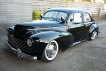 Old Cars / Selection of classics.