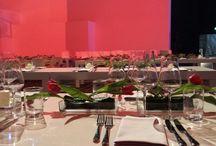 FLORICA Tischdekorationen, table decoration, flower decoration / Ausgefeilte Tischdekorationen mit individuellen Gefäßen und Accessoires.
