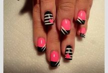 Who did your....Nails / Home for Classic Manicures