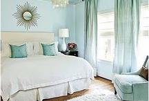 Bedrooms / Beautiful bedroom inspiration & bedroom decorating ideas