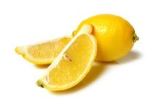 Tips Cantik Alami Dengan Lemon