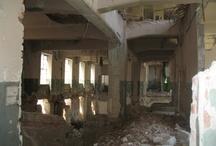 Urban exploration / catacombs, rooftops, abandoned buildings, ruins, urban art...
