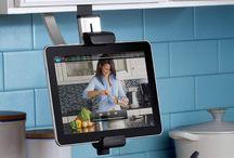 Модные гаджеты для кухни / Не важно как вы относитесь к приготовлению пищи — как к удовольствию или тяжкому бремени,  факт остается фактом — кухня должна быть комфортной. Современная техника и модные кухонные гаджеты способны вам в этом помочь…
