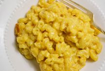 Mac & cheese / by Lisa Garrett