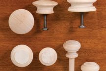 Shaker Hardware / Simple turned wood knobs in many sizes and woods demonstrate the essence of Shaker style—we offer a number of different Shaker knobs suitable for cabinetry and furniture.