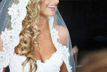 Wedding Veils / Wedding veils elevate the romance of your special day.