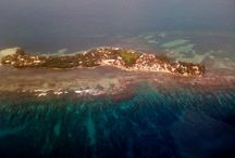 South Water Caye / A private 18-acre island situated 14 miles offshore Dangriga, Stann Creek.  The island is less than 1 mile in length (1.58km) and approximately 160 yards in width (0.15km).