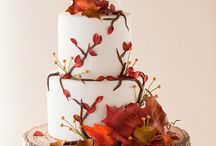 Autumn Wedding Cakes / Autumn is the busiest season for planning wedding. Here we have collected the best of the best Autumn Wedding Cake ideas and inspiration.