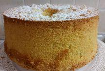 Chiffon Cake al limone http://blog.cookaround.com/jotrazuccheroecannella/chiffon-cake-al-limone/