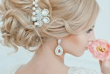 Wedding Hair : Up Do's / Fabulous Wedding Hair Up Do's to inspire every Bride