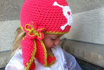crochet babies hats and accessories / crochet hats, diaper covers, booties (sets)