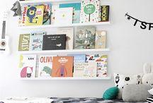 Kącik czytelniczy dla dziecka / Miejsce gdzie dzieciaczki mogą czytac i trzymać swoje książeczki