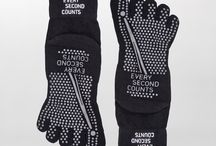 Accessories line / Workout accessories. For bags to bottles to socks, all you need for a stylish gym session.