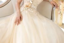 Bridal gowns / by Kelly Thomas-Booth