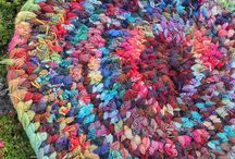 Rugs and Carpets / Handmade Rugs and Carpets