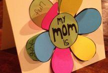 Mamá / Regalos, Fotos, Sorpresa, Cena, Frases.