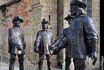 Rzeźby,pomniki