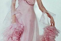 Audrey Hepburn / ...