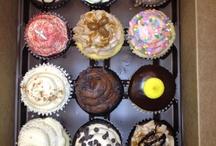 Cupcakes part 2 / by Elizabeth Phillips