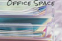 Organizing / by Cindy Elizabeth