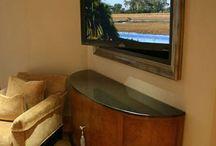 Flat panel tv mounts