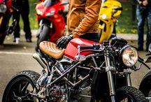 Ducati カフェレーサー