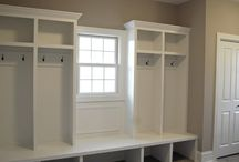 mud room/ laundry room